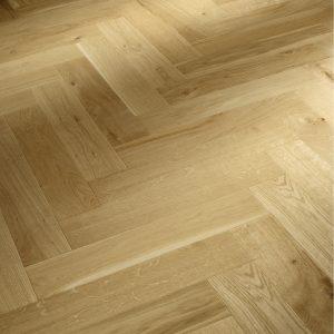 Ook de PVC vloeren kunnen in een stijlvol visgraat patroon gelegd worden.